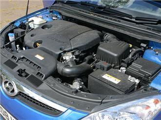 نمای موتور i30