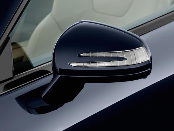نمای آینه بغل SL-Class