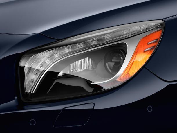 نمای چراغ جلو SL-Class